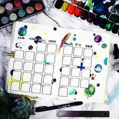 How about this gorgeous #outofthisworld #monthlylayout from @little_coffee_fox? #Repost @little_coffee_fox ・・・ You know, I gotta be honest. I really am not happy with this page. I sat down all enthusiastic, but my hand ultimately didn't do what my brain #zenofplanning #showmeyourplanner