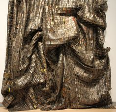 El Anatsui Brooklyn art museum 036