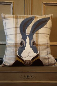 Hare Tweed Cushion - The Cotswold Tailor Applique Cushions, Wool Applique Patterns, Sewing Pillows, Diy Pillows, Decorative Pillows, Felt Applique, Fabric Art, Fabric Crafts, Felt Cushion