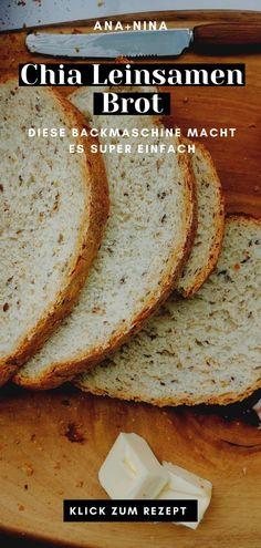 Du möchtest kalorienarmes Brot selber backen? Dieses Chia Leinsamen Brot ist ideal für Einsteiger und perfekt für ein gemütliches Sonntagsfrühstück, gesunde Sandwiches oder ein leichtes Abendessen!