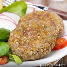 Hamburguesas de lentejas. Receta para niños 250 gr. de lentejas 50 gr. de harina de trigo integral 1 cebolla 3 dientes de ajo Sal y perejil Aceite de oliva
