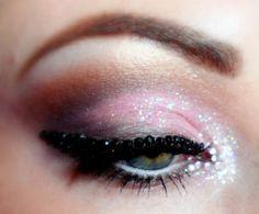 Love makeup (: