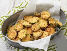 Get Zucchini Parmesan Crisps Recipe from Food Network Vegetable Sides, Vegetable Recipes, Vegetarian Recipes, Cooking Recipes, Healthy Recipes, Zucchini Pommes, Zucchini Fries, Zucchini Parmesan, Parmesan Crisps