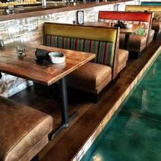 11 desirable reclaimed wood images mesa de tablones superficie de rh pinterest es