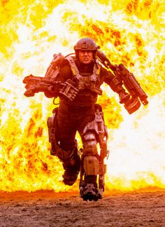 Tom Cruise's upcoming sci-fi film gets a Comic-Con panel and a new title. Edge of Tomorrow. Edge Of Tomorrow, Tom Cruise, Transformers, Village Roadshow Pictures, Doug Liman, Sci Fi Thriller, Days Of Future Past, Sci Fi Films, Punisher