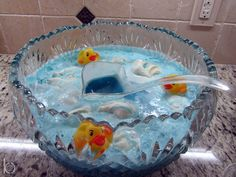 Punch at a Rubber Ducky Baby Shower #babyshower #drinks