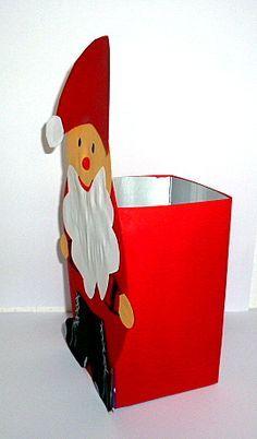 Weihnachten/basteln-Nikolaus-Milchtuete-Seitenansicht Tetra Pak, Santa Crafts, Miniature Crafts, Woodland Party, Handicraft, Crafts For Kids, Miniatures, Christmas Ornaments, Holiday Decor