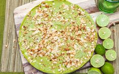 Looking for some inspiration to get your healthy fats? Here is our Lime and avocado flat pie. Great as a snack, treat or dessert. Healthy Fats, Happy Healthy, Healthy Eating, Healthy Recipes, Speed Foods, Lime Pie, Toasted Coconut, Healthier You, Menu Planning
