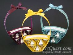 Qbee's Quest: Hershey's Easter Basket UPDATED plus VIDEO Easter Candy, Easter Treats, Candy Crafts, Paper Crafts, Spring Crafts, Holiday Crafts, Chocolates, Origami And Quilling, Hershey Kisses