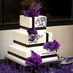 square wedding cakes | 24+ Cute Ideas, Purple Wedding Cakes | Wedding Cake Ideas