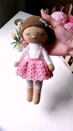 Doll Amigurumi Free Pattern, Crochet Dolls Free Patterns, Crochet Doll Pattern, Amigurumi Doll, Crochet Doll Tutorial, Knitted Dolls, Stuffed Animal Patterns, Handmade Toys, Crochet Baby