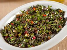 ZAHTER SALATASI Seaweed Salad, How To Dry Basil, Sprouts, Green Beans, Tapas, Good Food, Herbs, Beef, Restaurant