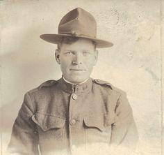 Earl R. Moss Army photo 1916