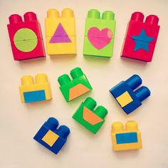 Since Valentine's Day, the Little Tots have loved to point out a heart whenever they've seen one so I thought I'd introduce them to some new shapes with this simple Shape Matching with Blocks activity. This fun way to learn shapes c...