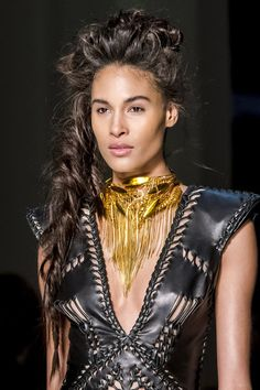 Jean Paul Gaultier Couture, Spring 2017 - Couture's Spring '17 Runway Jewelry Is Really Fierce - Photos