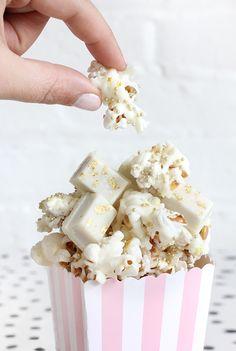 DIY EATS | WHITE CHOCOLATE GOLDEN POPCORN | I Spy DIY | Bloglovin'