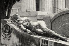 Morbid Charm :: The Art of Roland Krawulsky