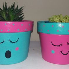 Mothers Day Crafts For Kids Discover Flower Pot Art, Flower Pot Design, Clay Flower Pots, Flower Pot Crafts, Clay Pot Crafts, Ceramic Flowers, Diy And Crafts, Painted Plant Pots, Painted Flower Pots