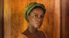 Aminata Diallo (Aunjanue Ellis)