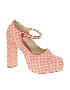love the hearts on these....not sure I could pull them off?! what do you think?