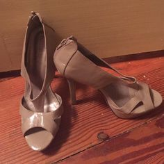Forever 21 Tan Heels Forever 21 heels, tan in color, worn once. Forever 21 Shoes Heels
