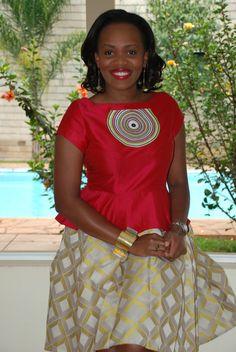 DAY 93: ME | 100 Days Of African Fashion. #Africanfashion #AfricanWeddings #Africanprints #Ethnicprints #Africanwomen #africanTradition #AfricanArt #AfricanStyle #Kitenge #AfricanBeads #Gele #Kente #Ankara #Nigerianfashion #Ghanaianfashion #Kenyanfashion #Burundifashion #senegalesefashion #Swahilifashion ~DK
