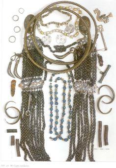 Grave goods, Liv/Livonian/lībiešu (Finnic) from Salaspils Laukskola burial field along the lower Daugava River in Latvia. Ancient Jewelry, Viking Jewelry, Neck Rings, Ottonian, Viking Age, Medieval Clothing, Iron Age, Wearable Technology, Folk Costume