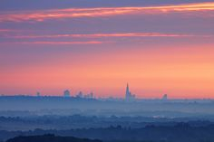 London Skyline from Hogs Back, Guildford | Flickr - Photo Sharing!