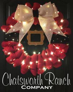 Lighted Santa's Belt Ruffled Wreath