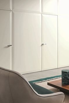 Simple elegance for doors, paneling and furniture systems