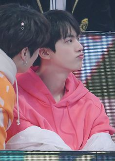 Look at his pouty face😘 Jimin, Bts Jin, Bts Bangtan Boy, Bts Boys, Jhope, Seokjin, Kim Namjoon, Jung Hoseok, Foto Bts