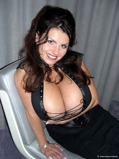 robinson mature women dating site Premium service designed for bbw and their admirers access to messages, advanced matching, and instant messaging features review your matches for free.