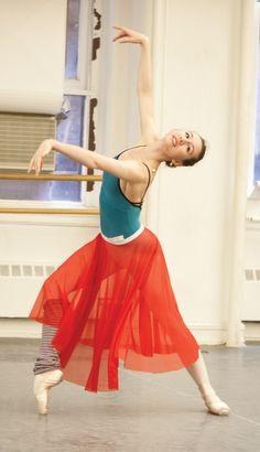 Love the color scheme and the striped leggings...Isabella Boylston ♥ Wonderful! www.thewonderfulworldofdance.com
