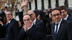 Catalonia crisis: Spain's prosecutors call for Puigdemont's arrest https://tmbw.news/catalonia-crisis-spains-prosecutors-call-for-puigdemonts-arrest  Media playback is unsupported on your deviceSpain's state prosecutor has requested a European arrest warrant for ousted Catalan leader Carles Puigdemont and four others over their role in a disputed independence referendum.All five failed to show up at Spain's high court on accusations of rebellion, sedition and misuse of public funds.Mr…