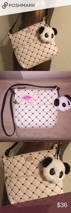 """NEW Betsey Johnson Med Crossbody Purse Panda Puff NEW LUV BETSEY- Betsey Johnson NWT  Crossbody Messenger Purse with Detachable Panda Puff Purse Dangle Front: Quilted Diamonds White Cream/Black Hearts, Blush Pink Ribbing Back: Black Faux leather/Gold tone Hardware,  Top zip closure Exterior, 1 zip pocket Interior Stripe fabric, 1 zip & slip pockets Approx -10"""" H x 11.5"""" L x 1"""" D 23"""" Adjustable Strap IVY/BLACK LBZIPPY  Feel Free to Ask Questions Thanks for Looking! Betsey Johnson Bags…"""