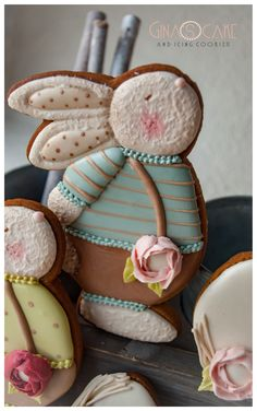 – Gina's cake and icing cookie Macaroon Cookies, Biscotti Cookies, Spice Cookies, Fancy Cookies, Valentine Cookies, Easter Cookies, Birthday Cookies, Cupcake Cookies, Cookie Favors