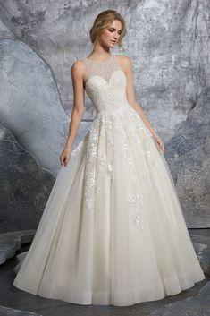 934f70f64e9a Descubre los vestidos de novia más increíbles del 2019.  vestidos  dresses   dress