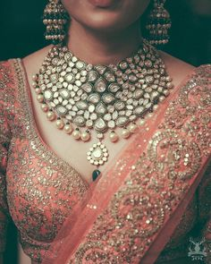 Names of 9 Popular Bridal Necklace Types for Indian Brides! *With Photos* Indian Wedding Jewelry, Bridal Kundan Jewellery, Indian Jewelry Sets, Pakistani Jewelry, Indian Weddings, Jewellery Box, Necklace Types, Necklace Ideas, Necklace Set