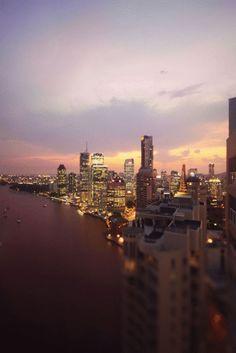 city lights. Tap mszeit.tblr for surprise