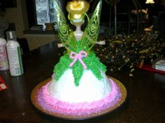 Emily's Tinkerbell cake (back view)