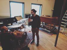 Montando setup @ @hammondsessions One week ago and we are already missing Holland and our friends from Middelie and Edam!  #hammondorgan #hammondgrooves #orgatrio #hammondb3 #lesliespeaker #guitar #drums #bateria #guitarra #holanda #netherlands #studio #livemusic #souljazz #robmostert #musiclife