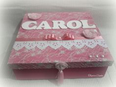 Caixa decorada com nome
