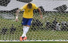Neymar Brasil x México (Foto: Reuters) 17/06/2014.