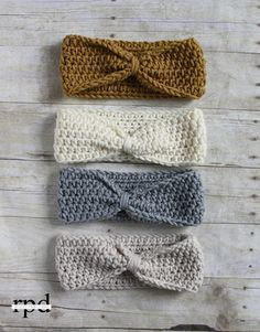 Knotted Headband Crochet Pattern - Multiple Sizes by Rescued Paw Designs Make this easy crochet knot headband today with this free crochet headband pattern. Uses only one stitch the HDC crochet stitch which is great for beginners Hdc Crochet, Bonnet Crochet, Crochet Diy, Crochet Gifts, Crochet Ideas, Crotchet, Bandeau Crochet, Crochet Stitch, Crochet Designs