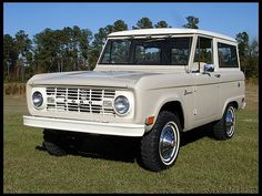 1968 Ford Bronco want this so bad!  White with black top!  Or sea green with white top!:)