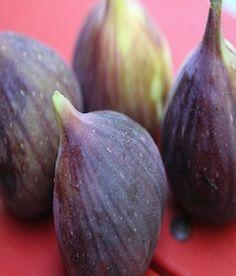 Gluten-Free Desserts: Warm Figs with Almonds