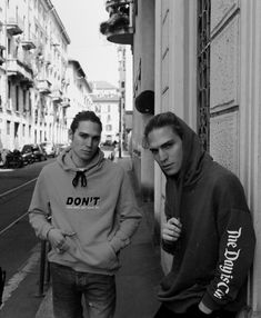 Andrea Faccio's best friend: his brother Paolo #curatedby #friends #brothers #amigos #hermanos #young #boy #influencer #fashion #trend #trendy #cool #sporty #sweatshirt #hoodie #sudadera #jeans #street #streetstyle #bershkastyle #italy #inspiration #men #style #b&w