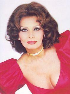 Sophia Loren                                                       …