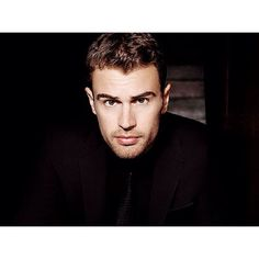 After news this past May announcing Theo James as the face of BOSS Hugo Boss, we finally get a look at the actor's new fragrance campaign. Donning a sharp Hugo… Theo James, James 3, Hot Actors, Actors & Actresses, Boss Parfum, Sanditon 2019, Perfume, Celebrity Crush, Hot Guys