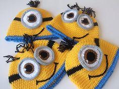 Crochet Minion Hat-cheio ou meio sorriso-gêmeos-adult-halloween-para bebê ou criança-One Eyed Minion hat-bebê trajes de Halloween